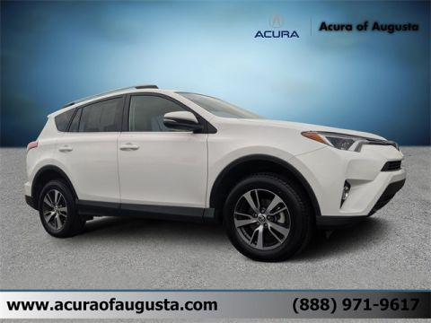 Pre-Owned 2017 Toyota RAV4 XLE FWD 4D Sport Utility